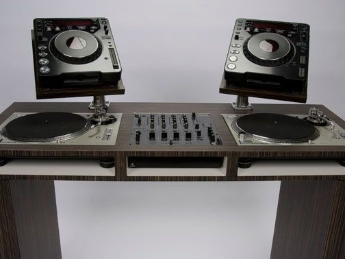 Stunning DJ booth desk technics pioneer
