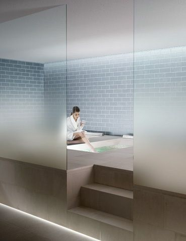 Ombre frosted to clear glass design badrum house bad - Bathroom glass partition designs ...