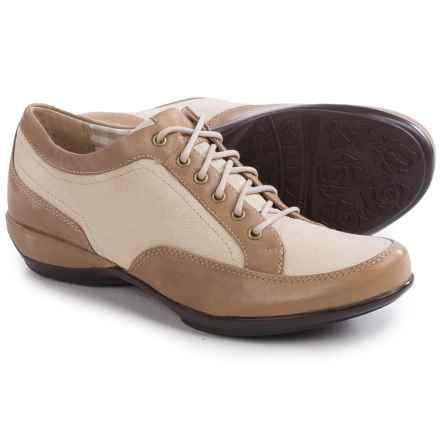 Aetrex Lauren Womens Lace Ups Taupe