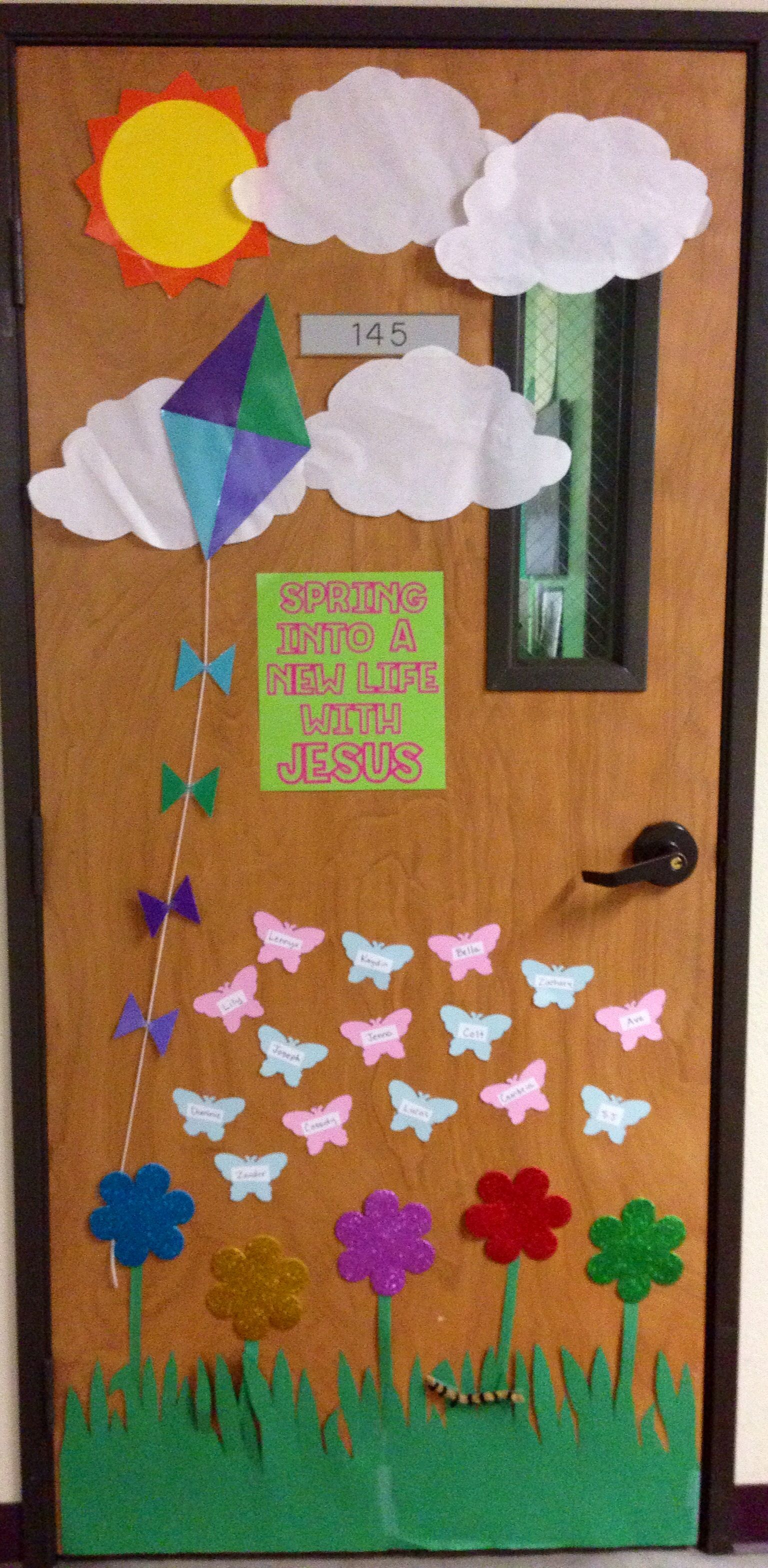 Spring Door Decoration | Preschool Spring | Pinterest ...
