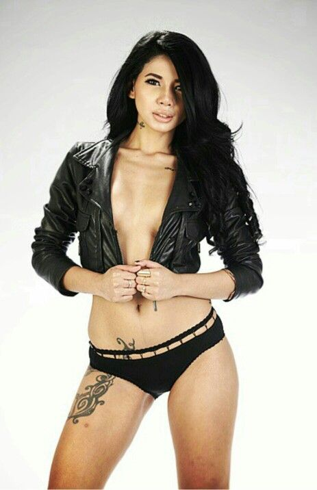 Bee Viona Tan Model Indonesia Sexy