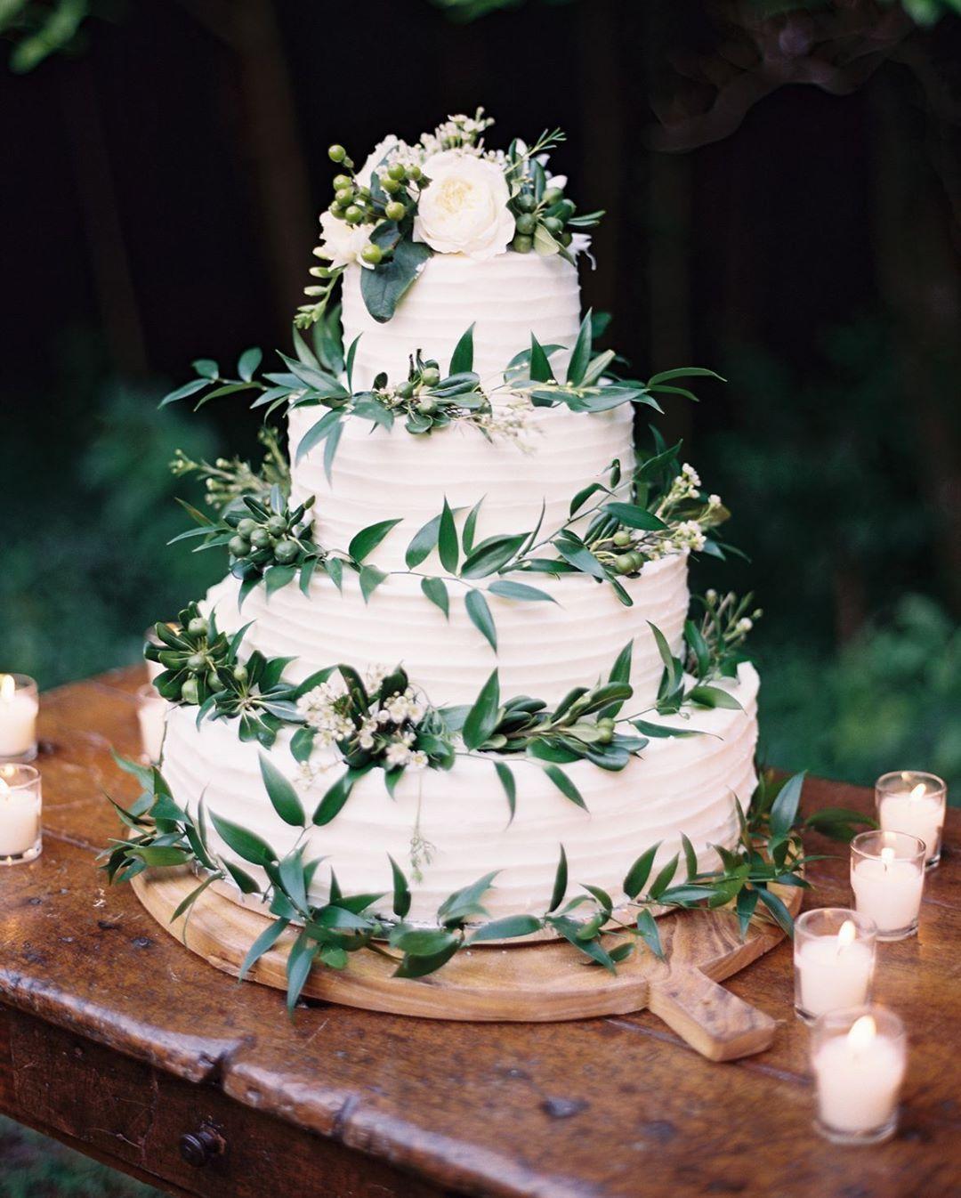 Lovely 3 Tier Buttercream Wedding Cake Mariannewhite: How Lovely Is This Four-tier Lemon Curd Buttercream
