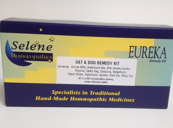 Homeopathic First Aid Kit for Cats & Dogs - Support your animal in first aid situations!