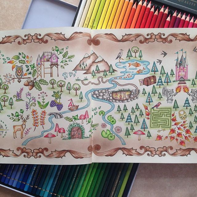 #addictedtocoloring #adultcoloringbook #polychromos #fabercastell #adultcoloring #enchantedforest #enchantedforestcoloringbook #johannabasford #softpastel