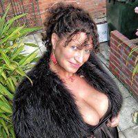 durty Mature from Romaina smoke so hot masturbate lot