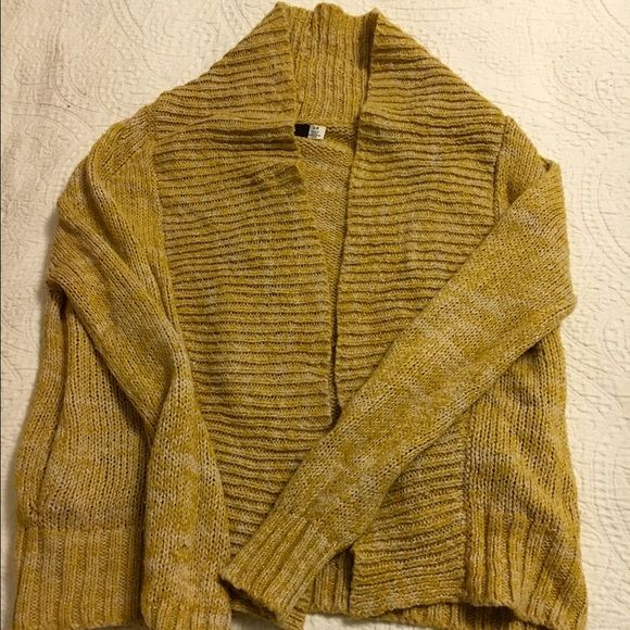 BDG sweater | Gold cardigan, Pacsun and Dark