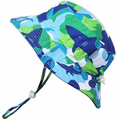 I want to show you how to make the cutest bucket hat for your kid - from a FREE PATTERN!