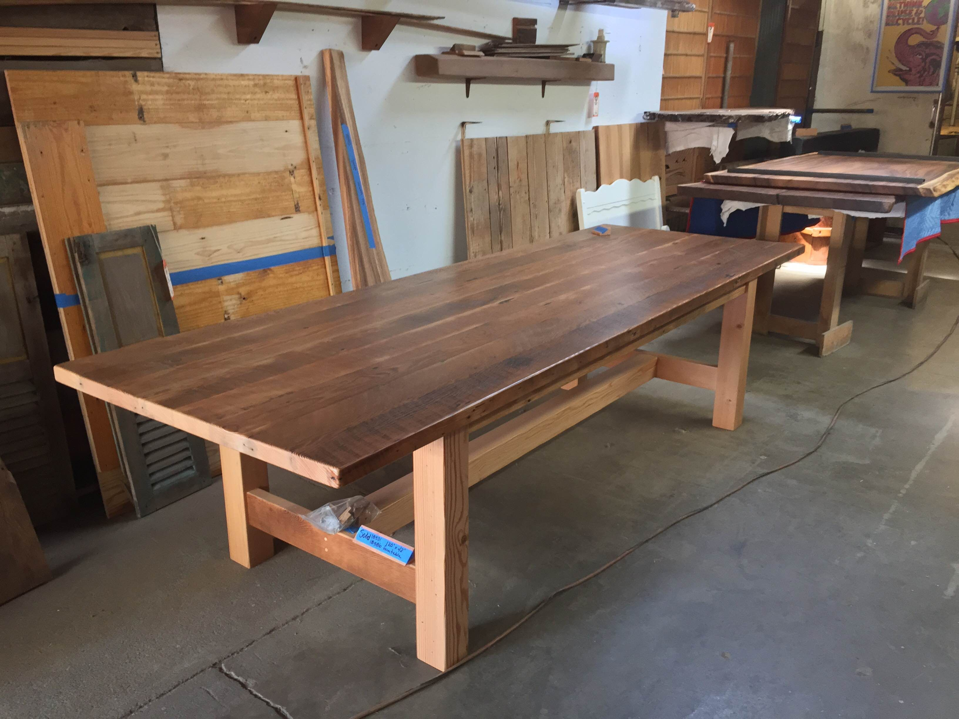Rough Sawn douglas fir craftsman style dining table. Rough Sawn douglas fir craftsman style dining table    Reclaimed