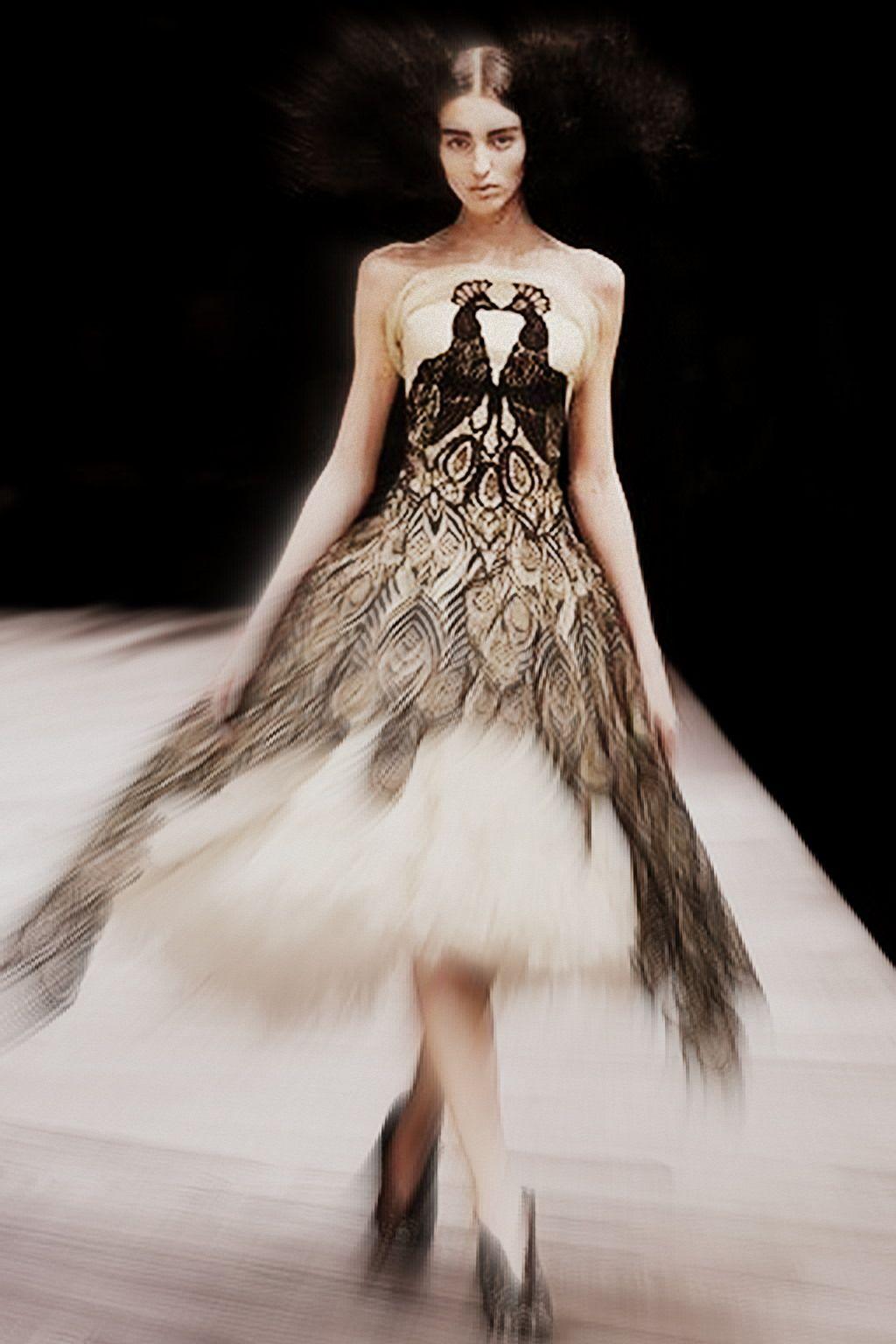 Peacock+Wedding+Dress | Alexander McQueen FW08 Peacock Wedding Gown on Exshoesme.com