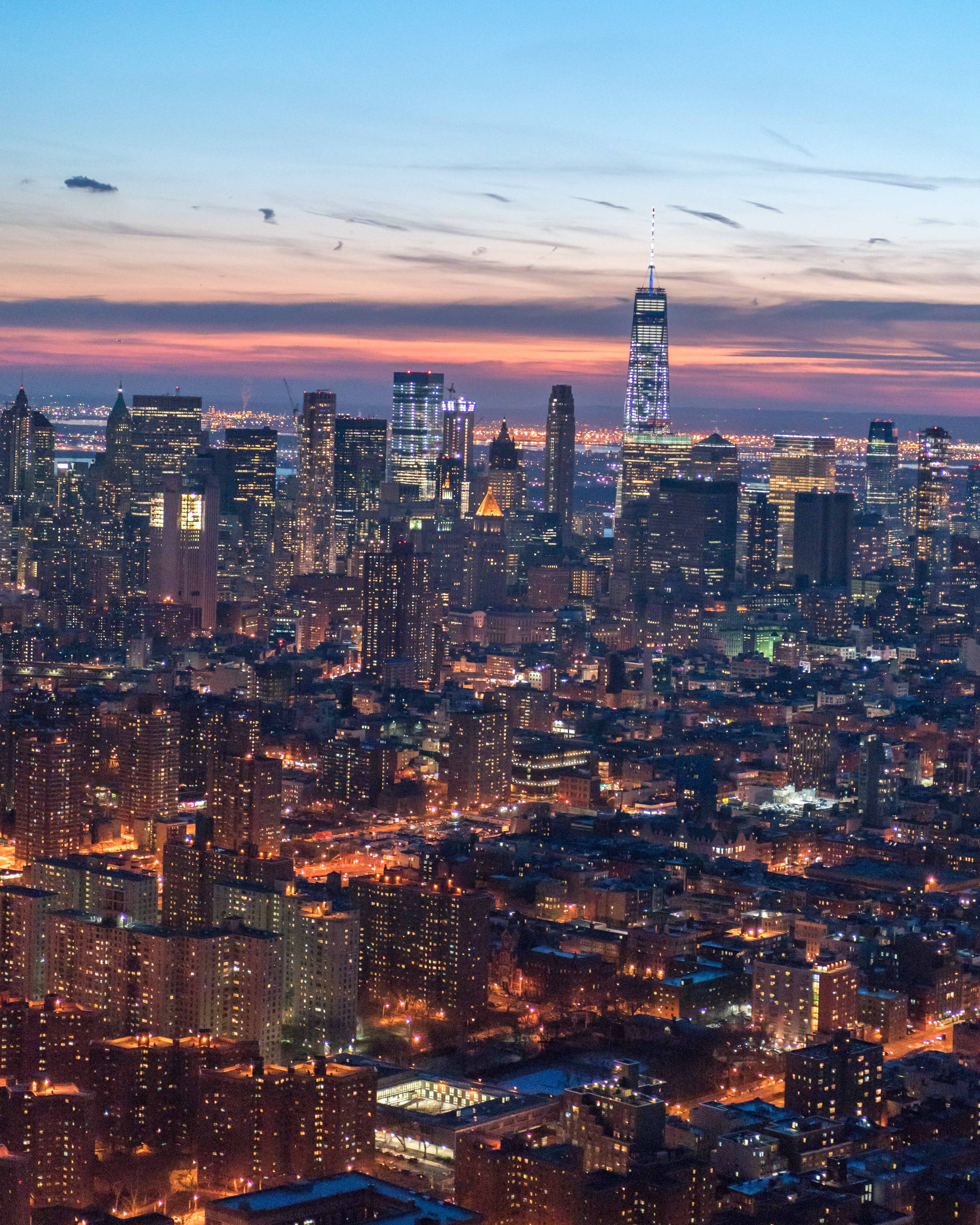 Flynyon Classic Sunset Flight In Doorless Helicopter Above Nyc New York Skyline New York Seattle Skyline
