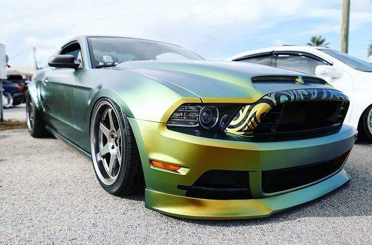 wrapped Mustang by the starcarwraps team Feast