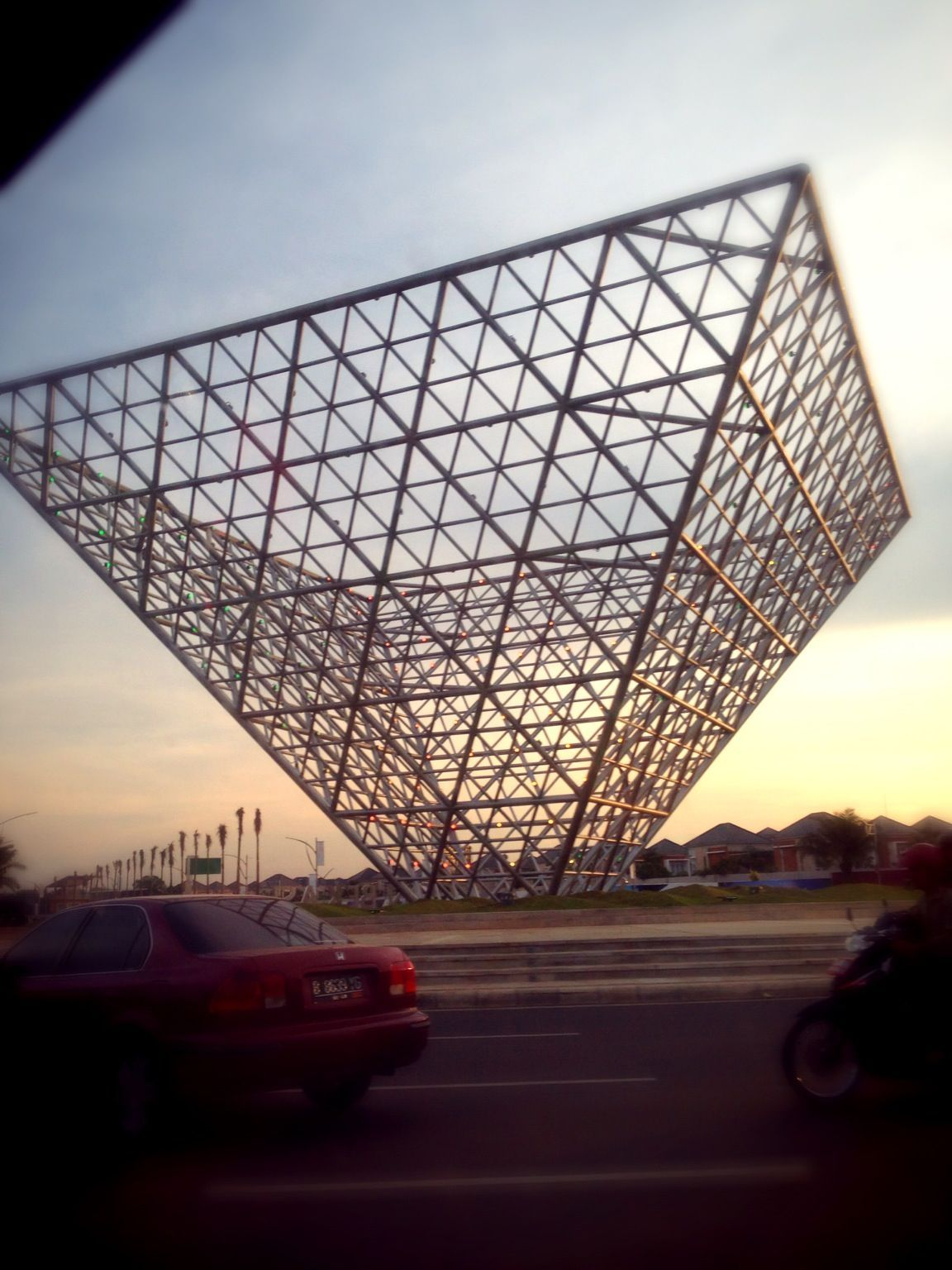 Space truss structure architecture pinterest spaces for Space architecture