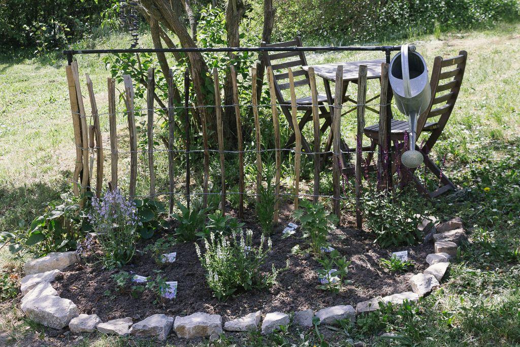 Staudenbeet Anlegen Garten Fraulein Der Garten Blog In 2020 Staudenbeet Anlegen Staudenbeet Garten Anlegen