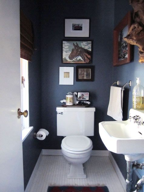Eye candy 10 bathrooms that have gone to the dark side Navy blue and white bathroom