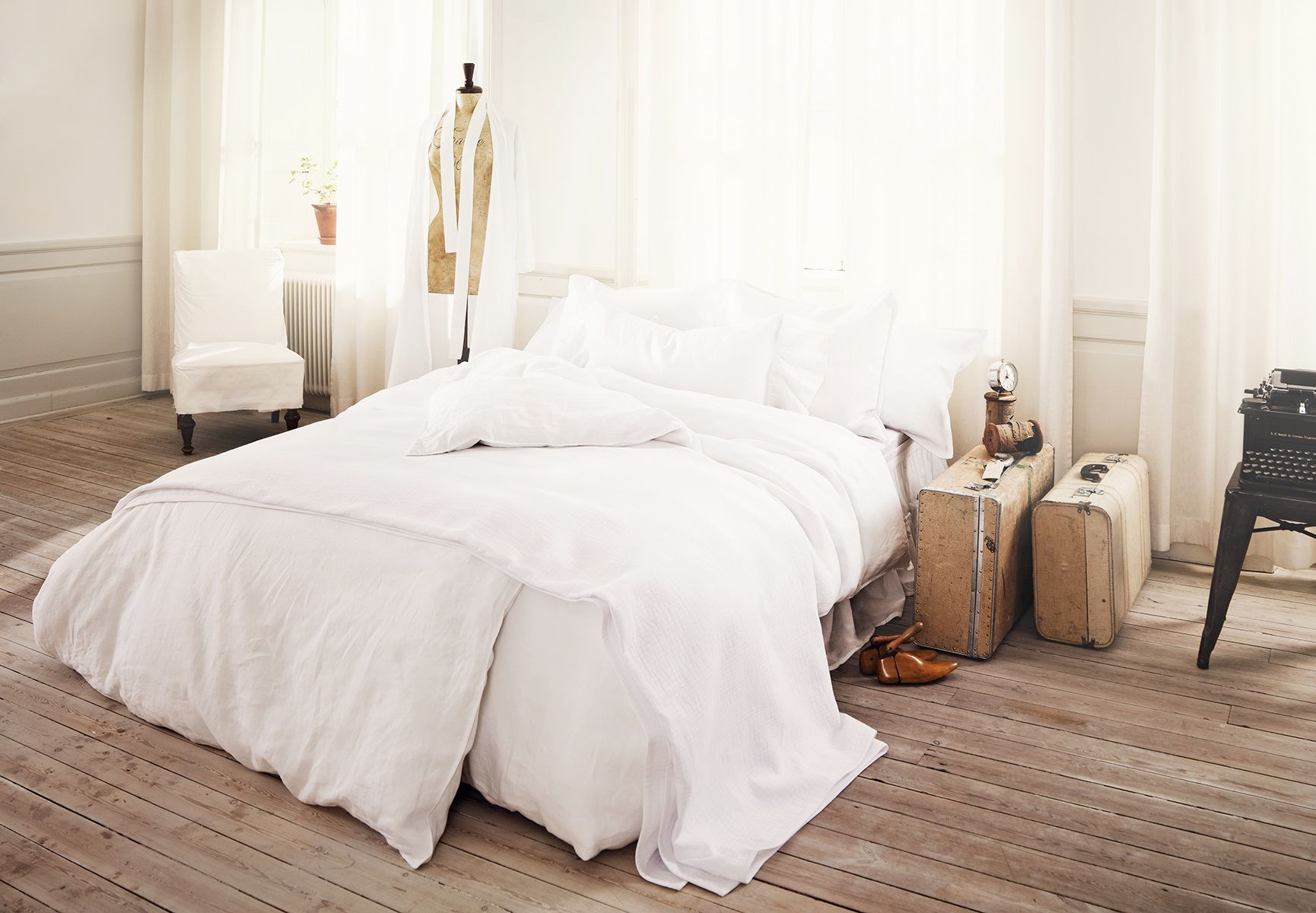 Packed and Ready to Go by Stella Nicolaisen via agentbauer.com #Bed #Stella_Nicolaisen #agentbauer