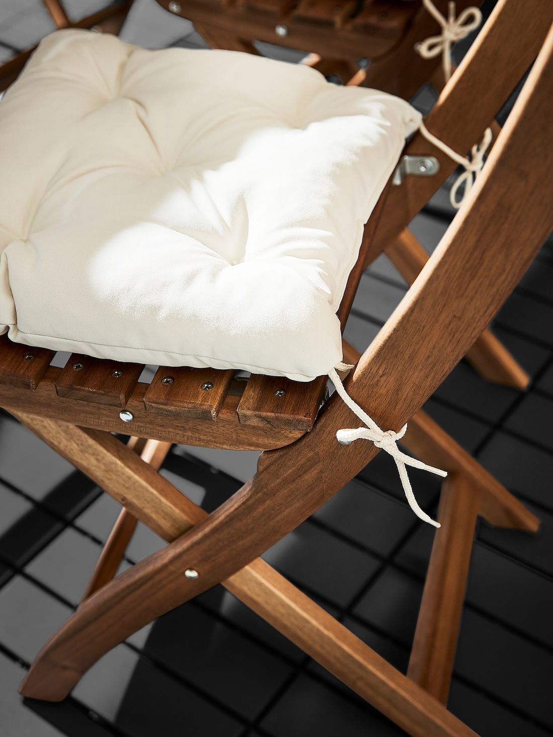 beige outdoor seat cushions on kuddarna chair pad outdoor beige 14 1 8x12 5 8 ikea chair pads chair cushions ikea pinterest