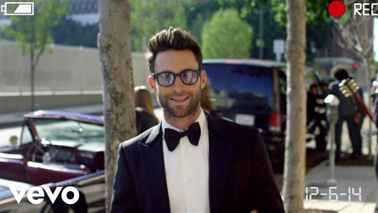 Maroon 5 Sugar Love The Song But Many Peopled Don T Realize The Video Was Staged Youtube Music Videos Vevo Maroon 5 Lyrics Good Music