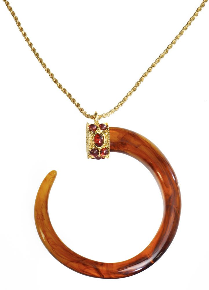 Kenneth Jay Lane Tortoise Pendant Necklace With Horn Tortoise E5J3GoBgvY