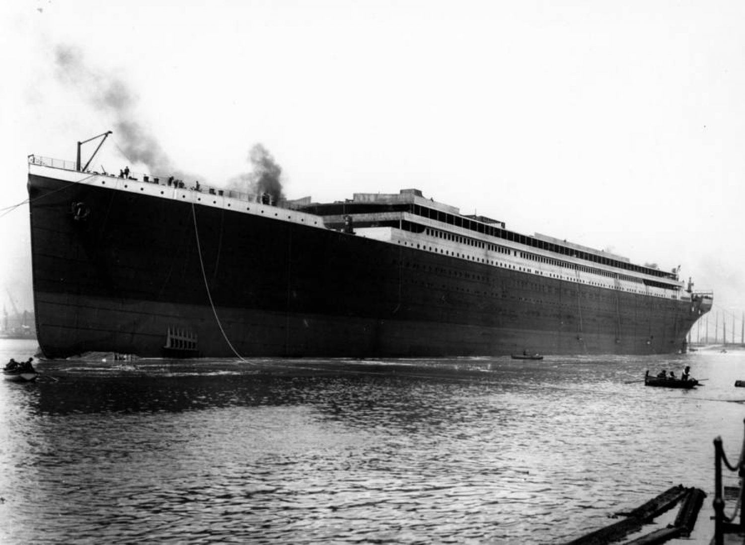 23 Never Seen Photos Of The Titanic That Will Give You Goose Bumps And Tears In Your Eyes Titanic Titanesque Efficace Le Titanic