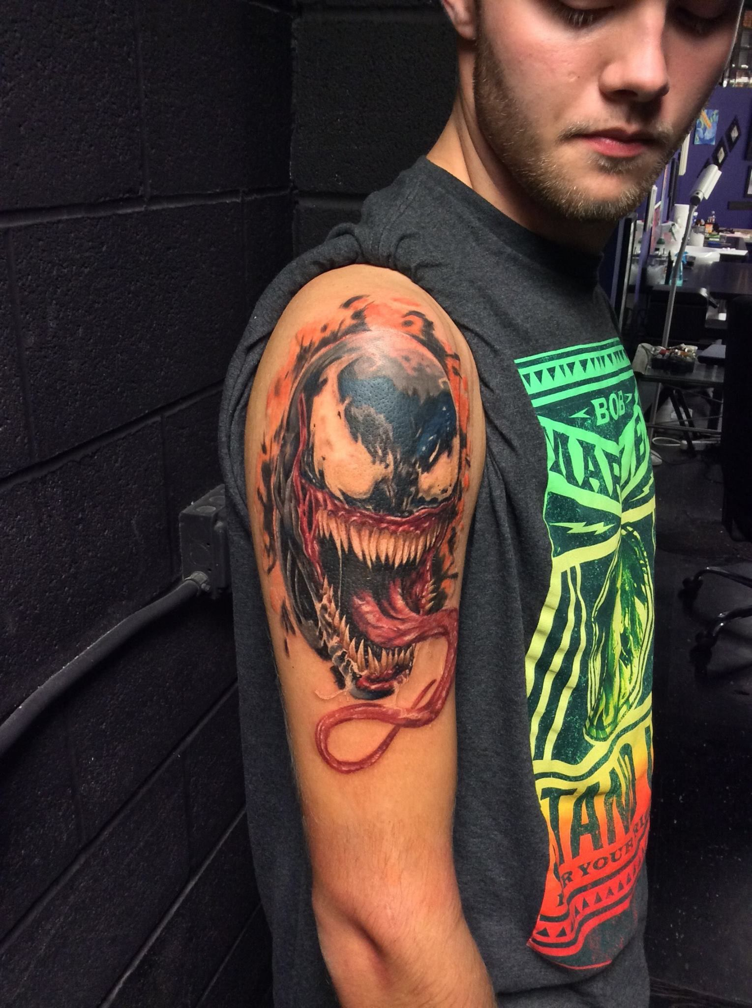 Venom Tattoo Designs: Drag To Resize Or Shift-drag To Move (With Images)