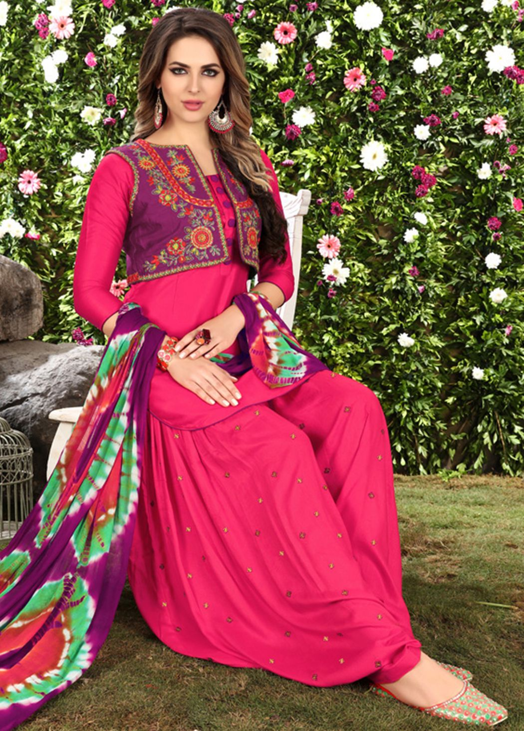 9bff212bfc Punjabi Salwar Suits, Patiala Salwar, Churidar Suits, Shalwar Kameez,  Kurti, Buy