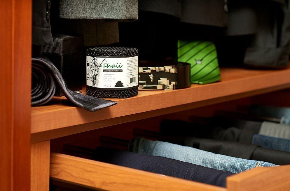 Best Ways To Deodorize A Closet Naturally Room Deodorizer Mold