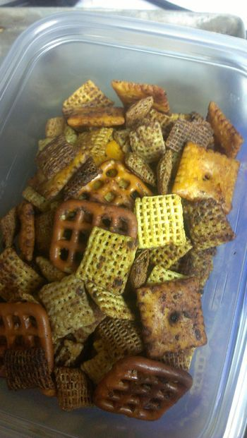 Smoked Gizzies Also Known As Chex Mix With Qview