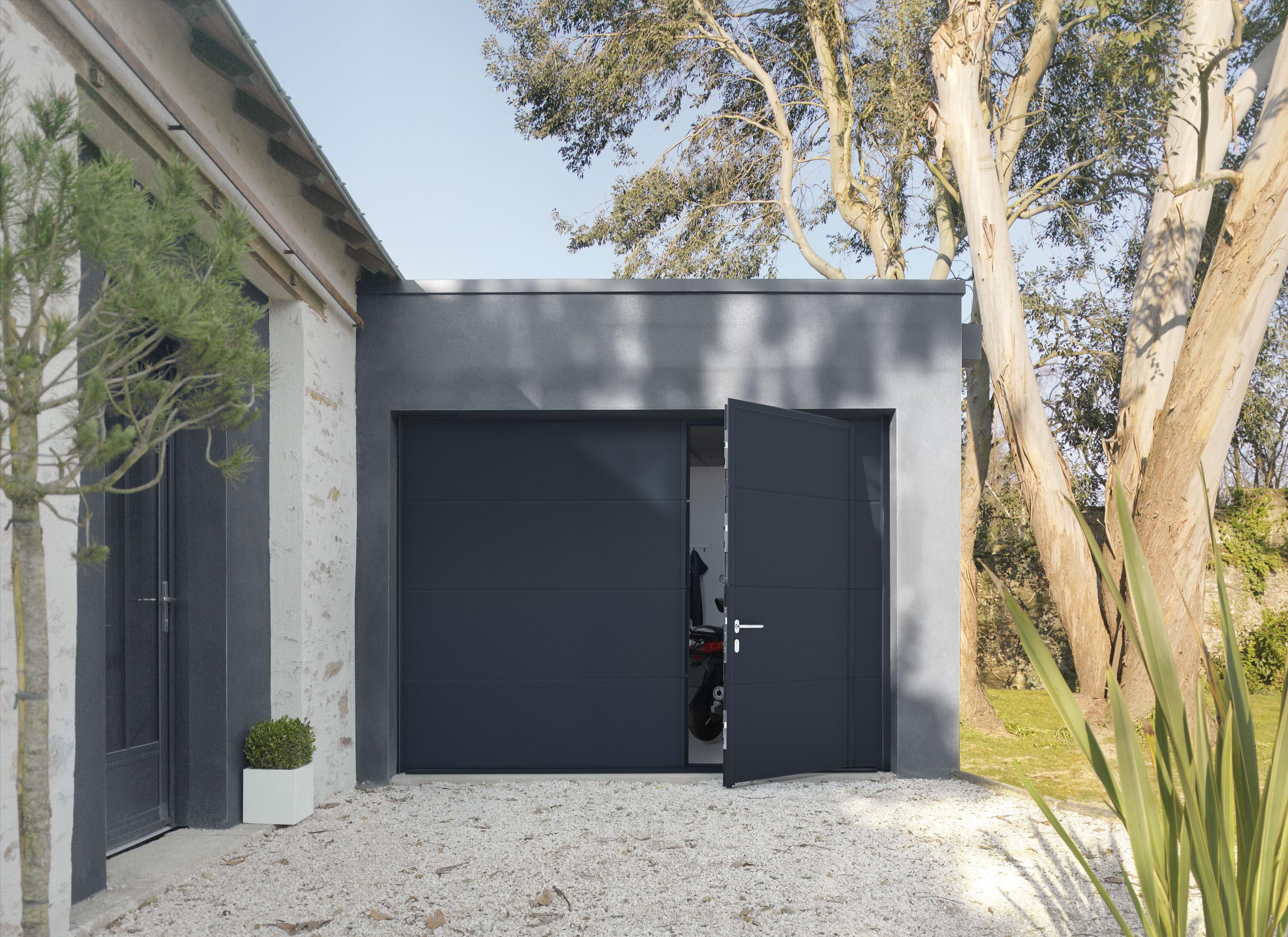 Porte De Garage Avec Portillon Motorisée Artens Premium