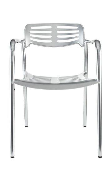 Lovely, indoor/outdoor chair.