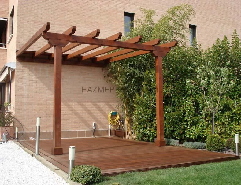 Contra la pared sobre deck aaaaaa pinterest madera p rgolas y jardines - Como fabricar una pergola ...