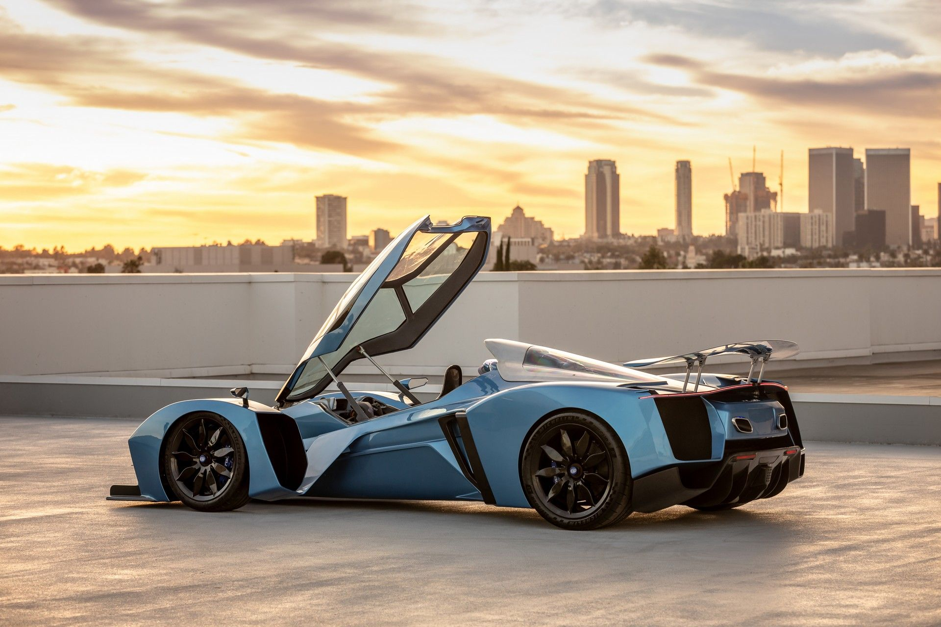 Delage Is Back With An F1 Inspired Supercar That Packs Up To 1 100 Hp Carscoops In 2020 Super Cars Fast Cars Car