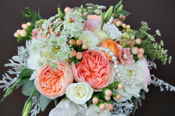 I'm in love with this bouquet!!