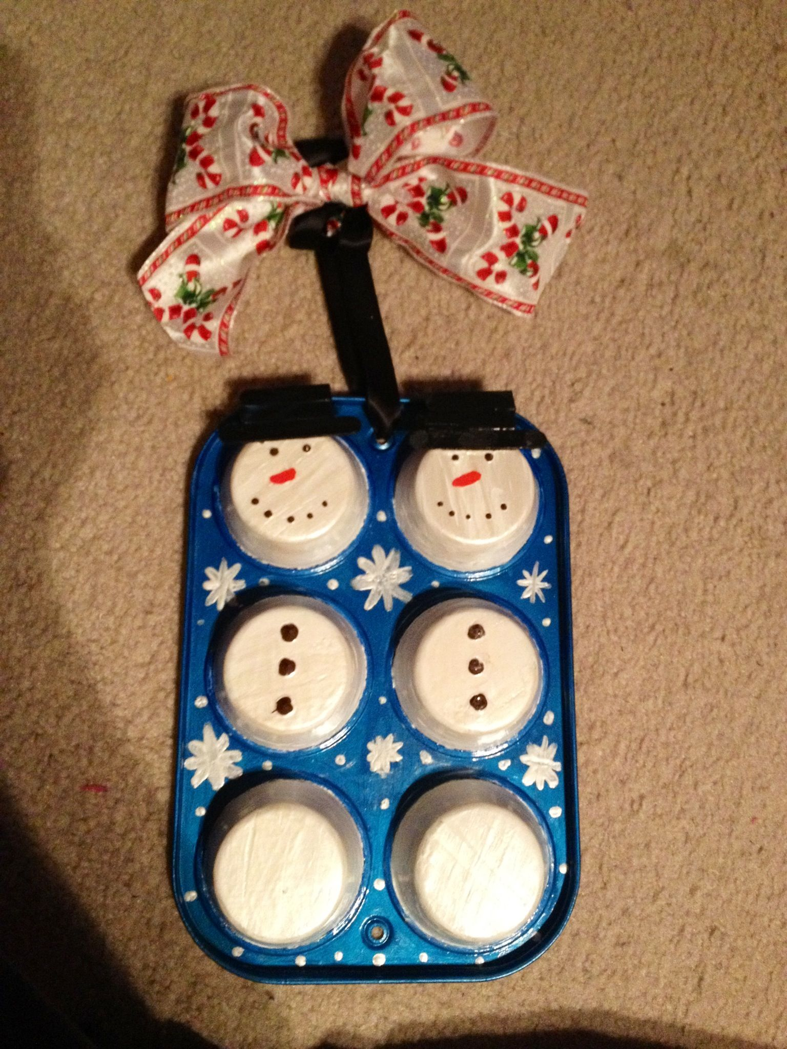 Recycled Muffin Pan Snowman Pinterest Muffin
