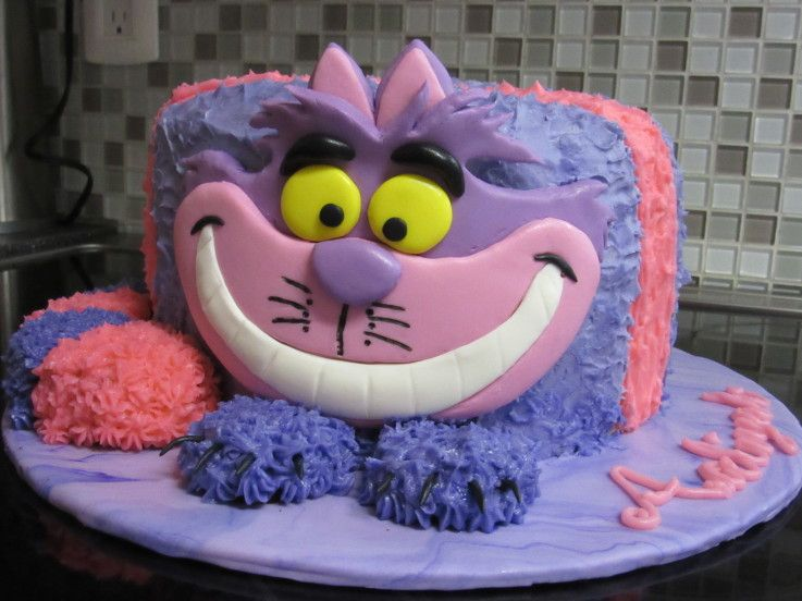 1272 best Wonderland Cakes images on Pinterest Cake decorating