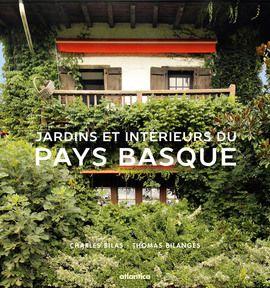 Le Pays Basque bénéficie d'un patrimoine humain, géographique et architectural exceptionnel. Ces atouts nourrissent le terreau d'une culture foisonnante enrichie d'éléments empruntés à d'autres cultures, tout en restant profondément originale, irréductible à tout autre. Au coeur de ce patrimoine, l'etxe basque constitue le fondement de la vie sociale traditionnelle : elle est à la fois l'identité du chef de famille, la famille elle-même, la permanence de la tradition et de l'hospitalité, et…
