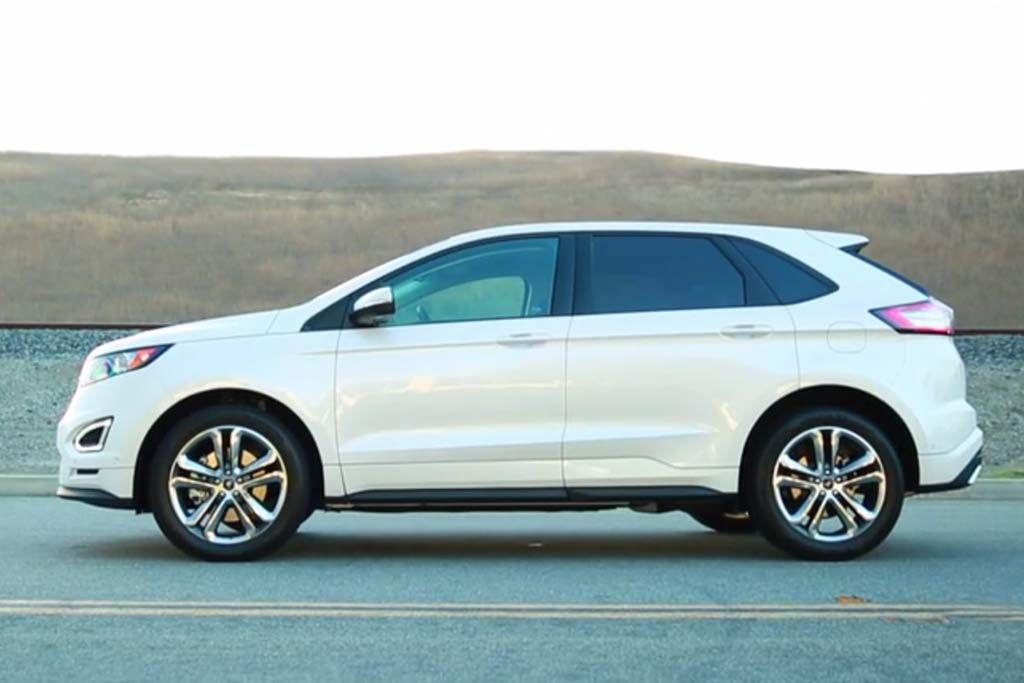 2015 Ford Edge Vs 2015 Ford Escape What S The Difference Autotrader Ford Edge Ford Suv Ford Escape 2015