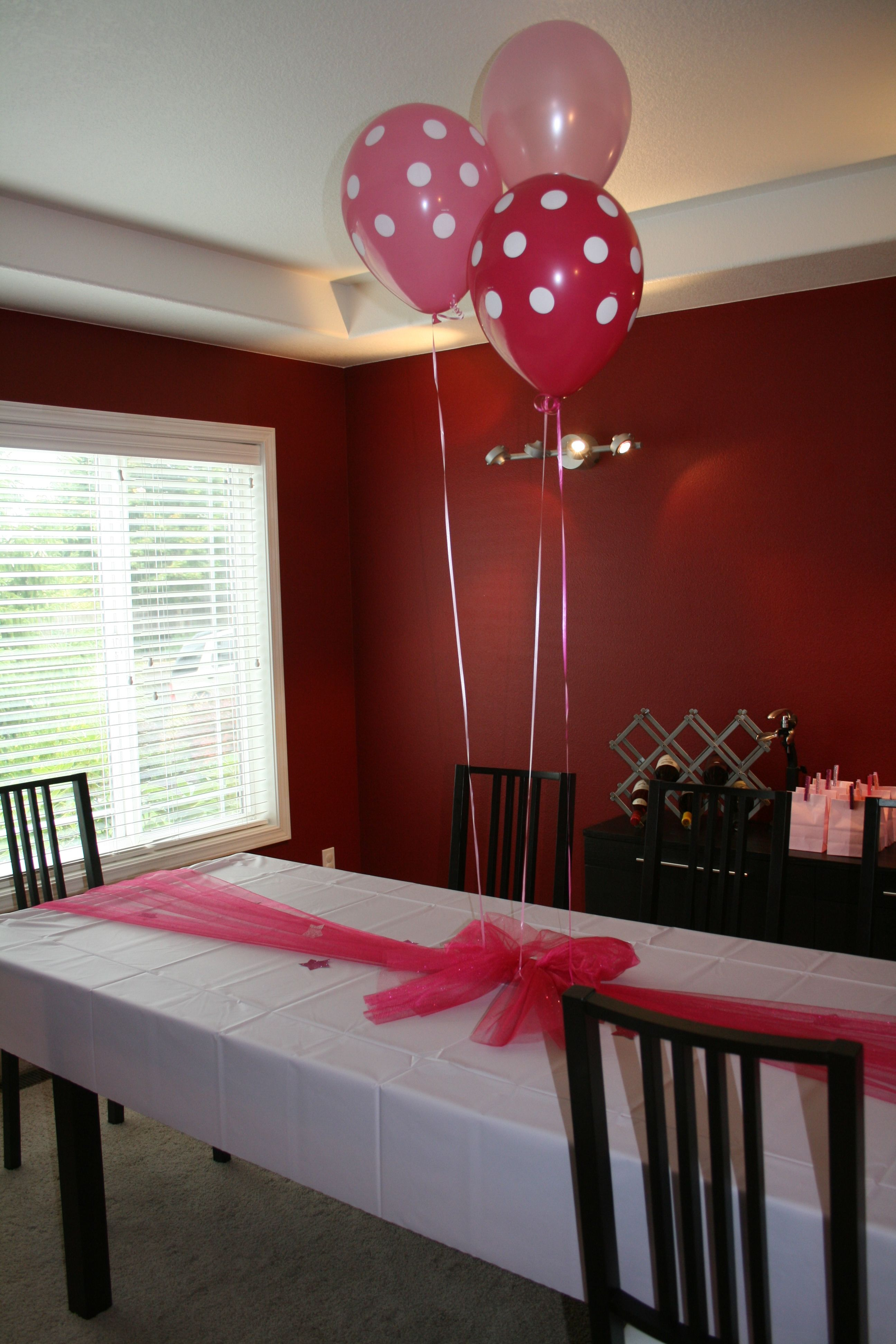 Pinkalicious party table (glitter tulle) | Down the Road | Pinterest ...