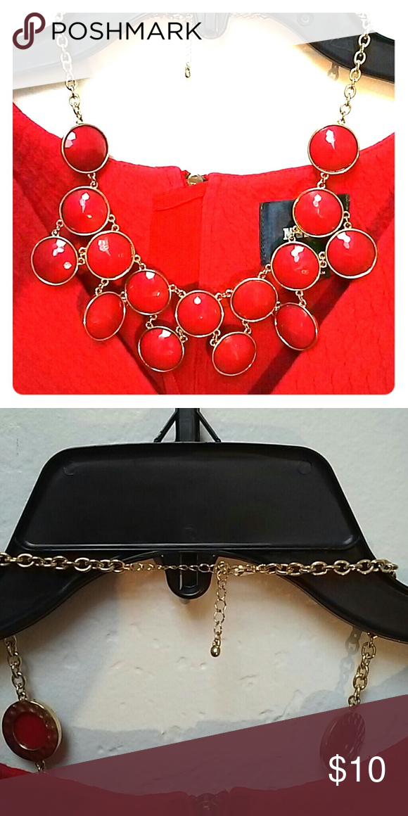 Red gold statement necklace Red gold Costume jewelry and