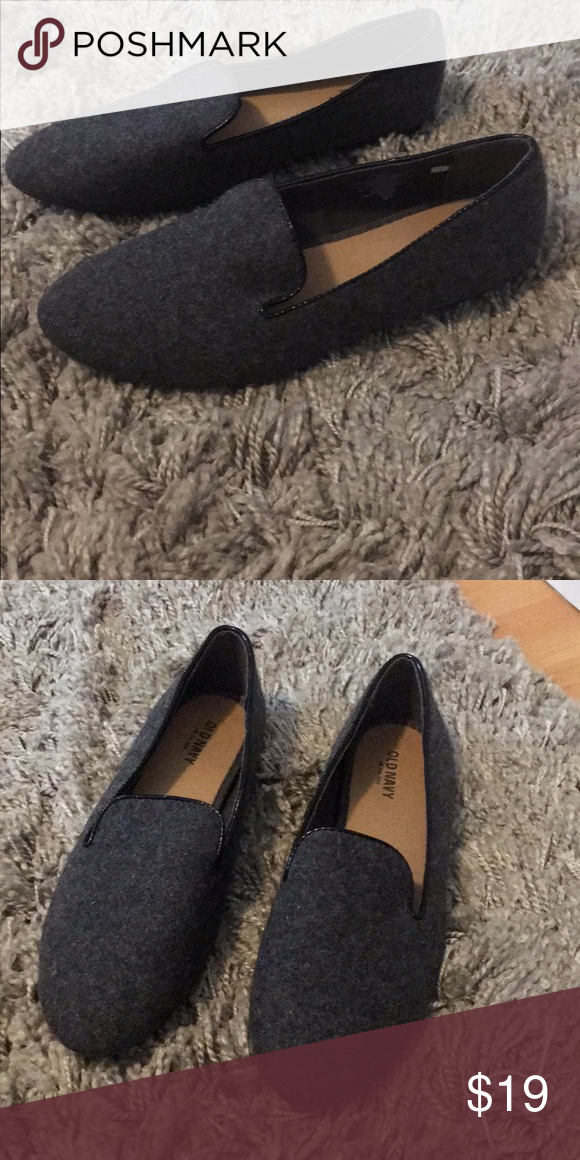 fb638802fc77 Dark Grey Slip On Flats Old Navy faux Leather Trim Smoking Slippers Flats  In great condition