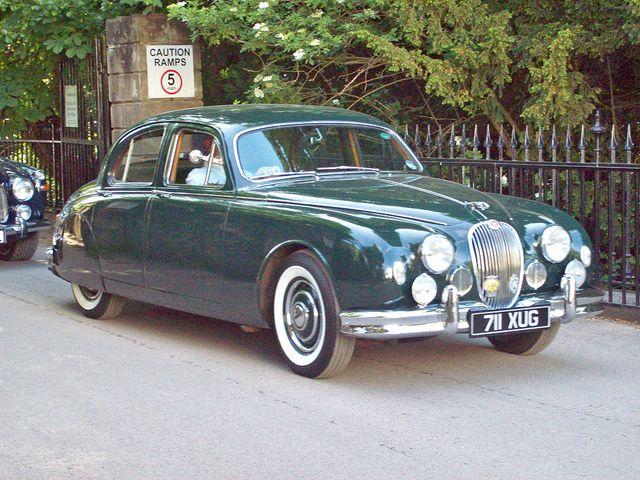 81 Jaguar Mk 1 2 4ltr 1956 60 Jaguar Classic Cars Jaguar