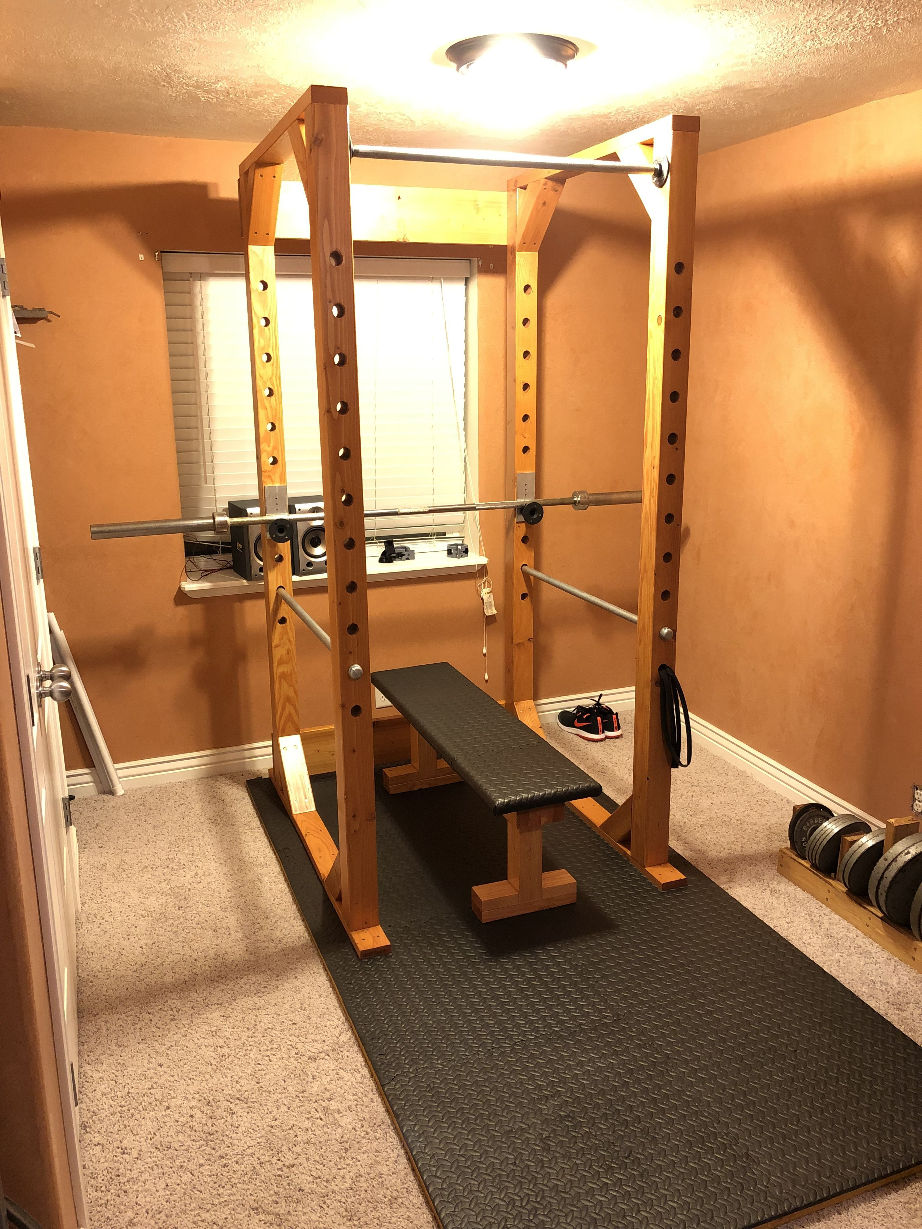 Homemade Diy Power Rack Homemade Diy Power Rack Masthe Top 5 Best Sports Bags For Women Diy Home Boxing Gym Pun In 2020 Diy Home Gym Gym Room At Home Home Gym Bench