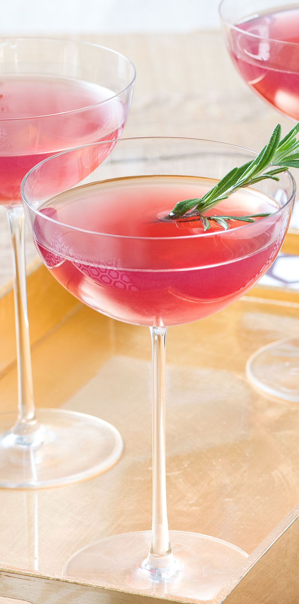 Grape Gin Cocktail With Rosemary Made With Welch S 100 Grape Juice Grape Juice Recipe Grape Recipes Fruity Drinks