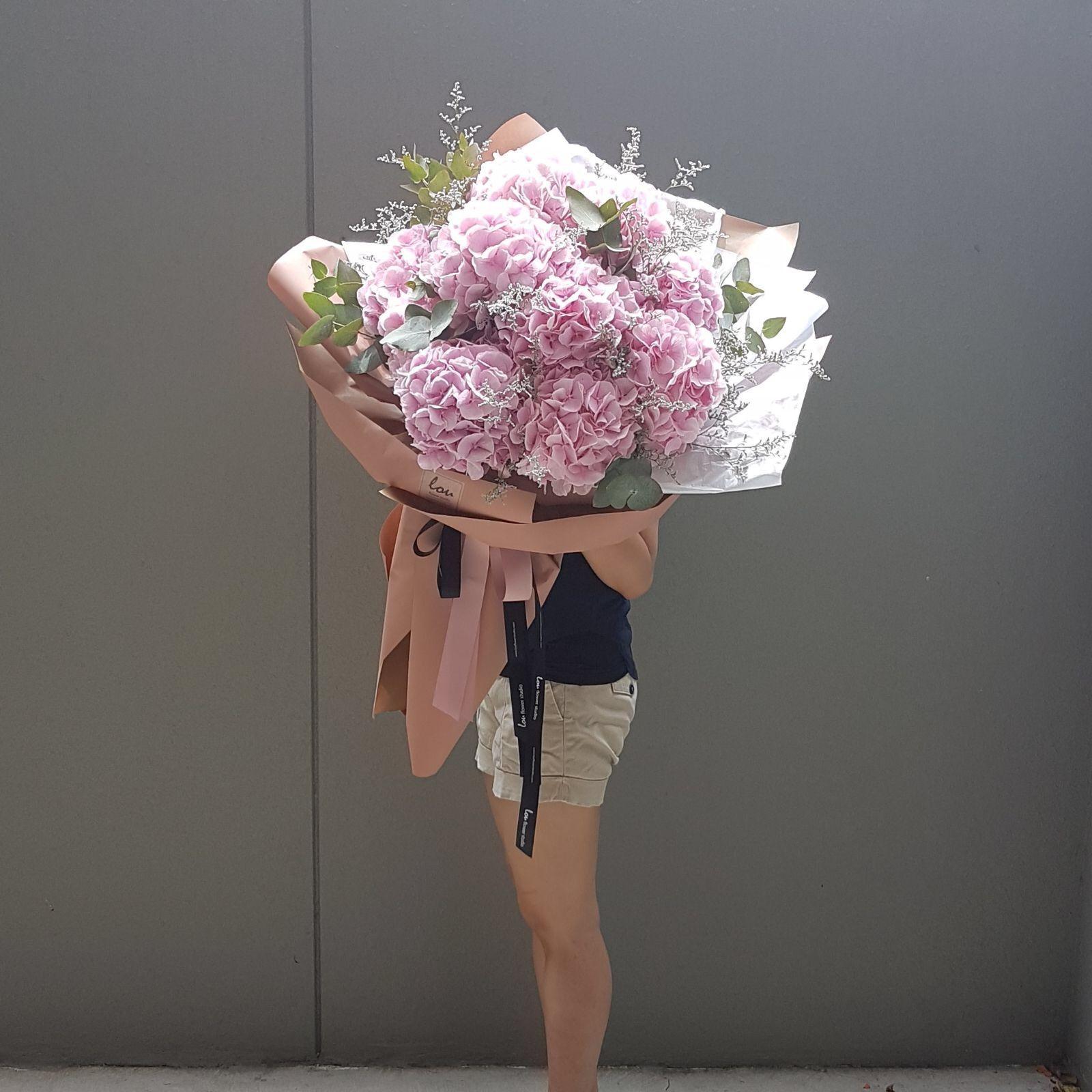 Giant Bouquet Of Pink Hydrangea Pink Hydrangea Bouquet Pink Hydrangea Hydrangea Bouquet