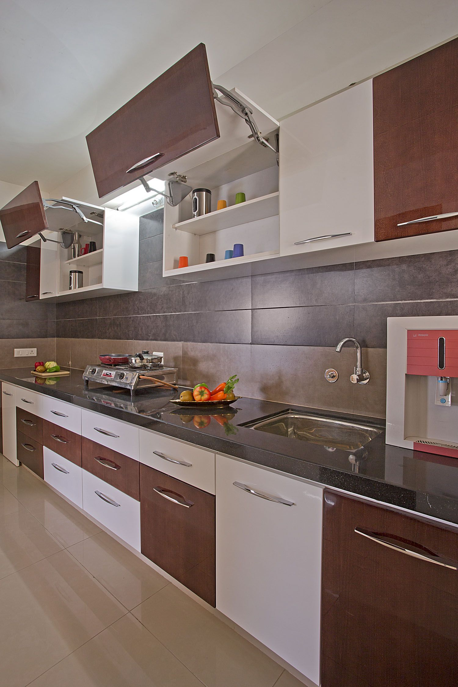 The Kitchen Is Undoubtedly The Heart Of Any Home Owing To The Crucial Role It Plays For T Kitchen Modular Modern Kitchen Cabinet Design Kitchen Cabinet Layout