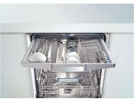 Bosch Shx9er55uc Dishwasher Diy Kitchen Remodel Bosch Dishwashers Kitchen Bin