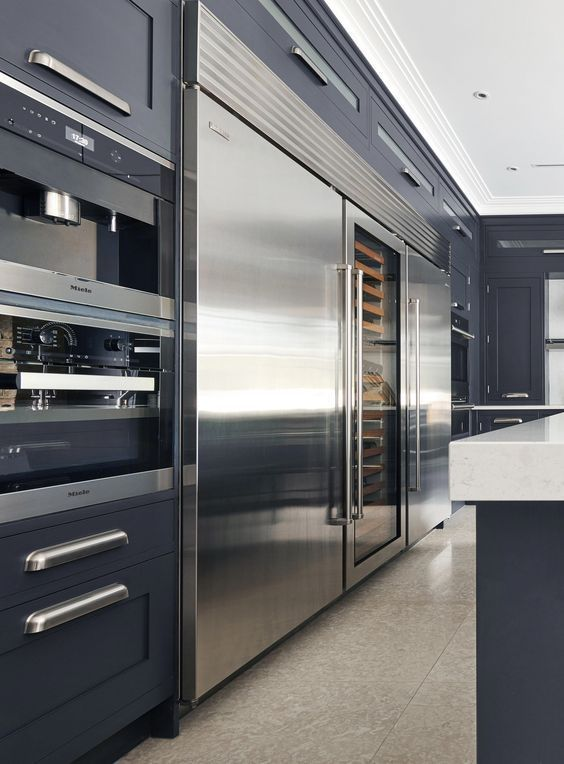 Appliance Repairman Tips To Choose The Right Repairman Luxury Kitchens Luxury Kitchen Design Luxury Living Room