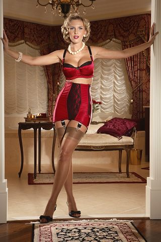 7e10d3e233f 15 Vintage Inspired Lingerie Pieces For Any Budget