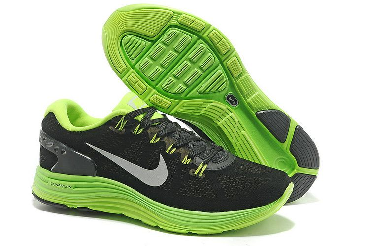 dc5bb6c5adf Nike LunarGlide + 5 EXT Anthracite Poison Green