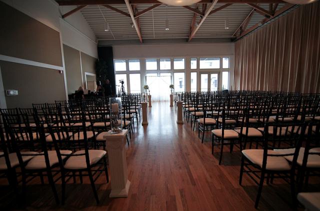 Real Wedding: Miranda Lyn Archer and Dominic Tassi | ChicagoStyle Weddings
