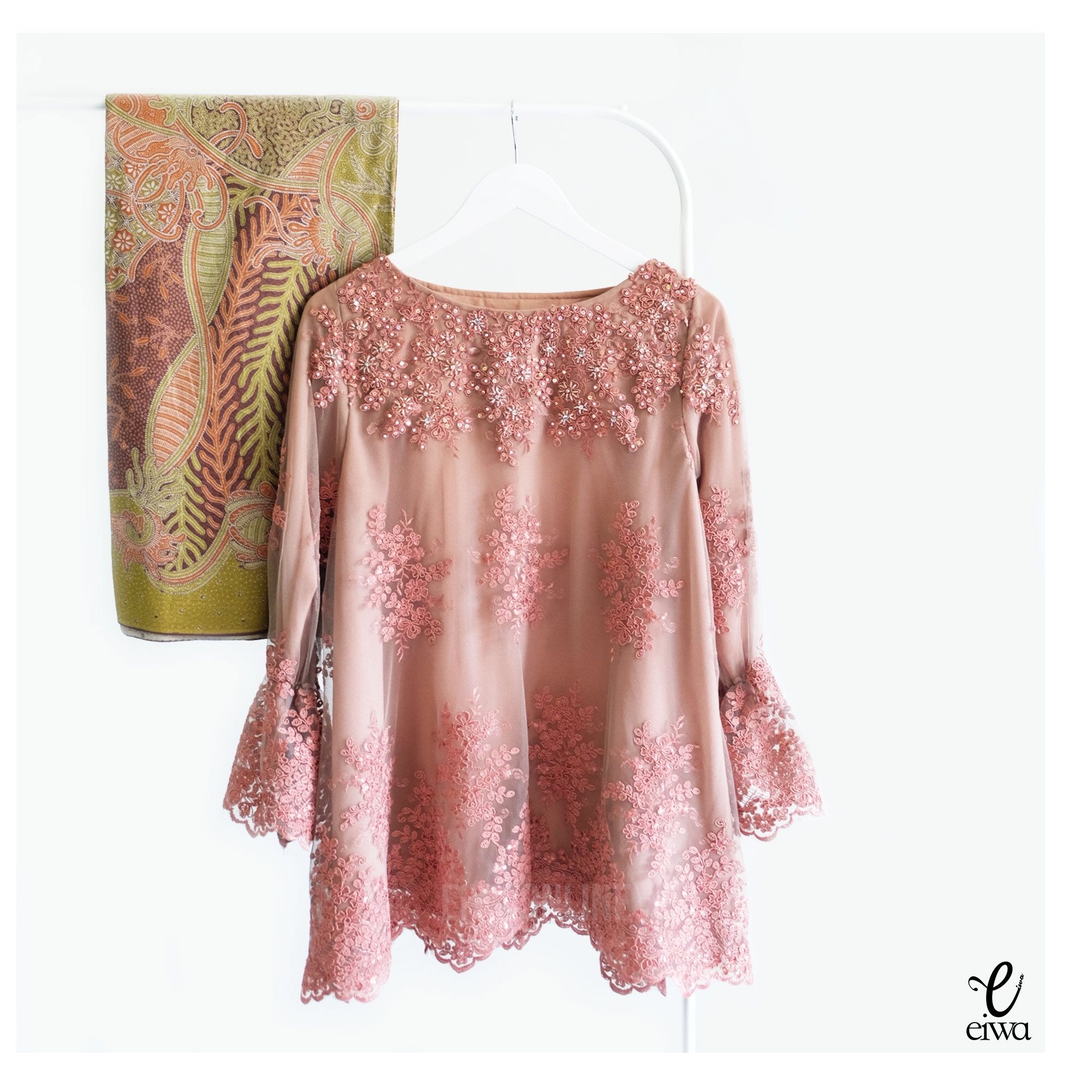 Kebaya Indonesia Modern Lace Top Brokat Cornelly Tulle